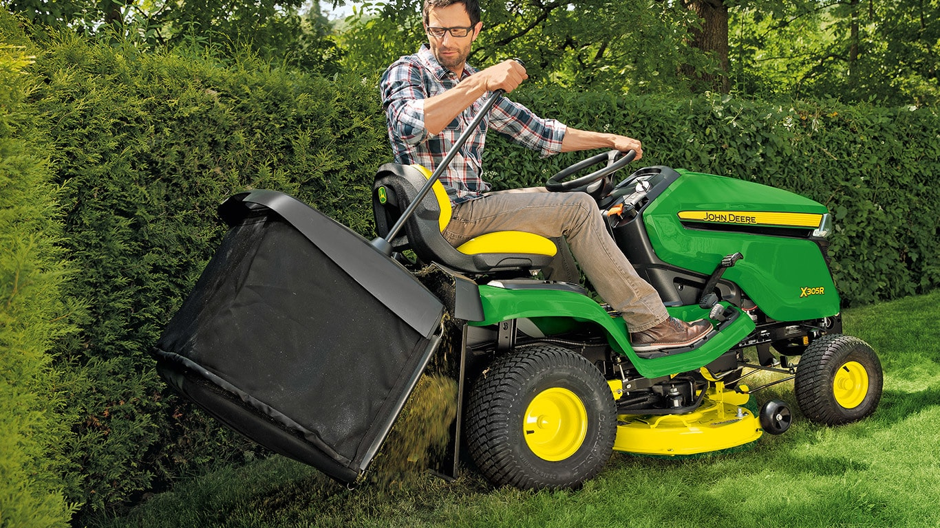 Riding Lawnmower x350r, Emptying the collection box